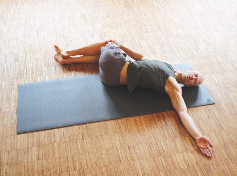 Dr. Ronald Steiner: Yoga gegen Rückenschmerzen