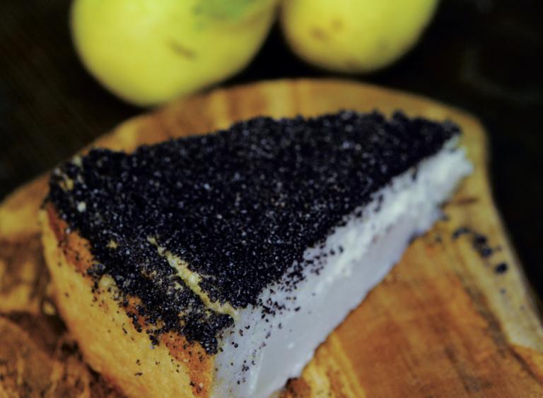 Weißer Schokolade-Birnen-Kuchen von Surdham Göb