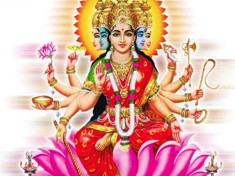 Weibliche Spiritualität im Yoga
