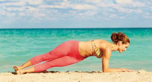 schraeges_delphinbrett_yogajournal