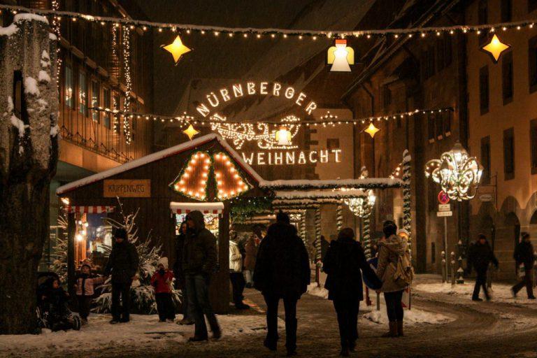 Nürnberg: Yoga in der Weihnachtsstadt
