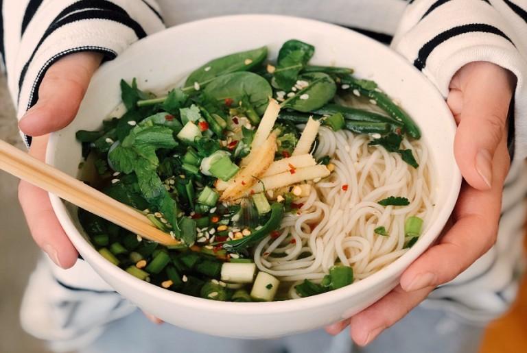 Less Carbs: Tipps für weniger Kohlenhydrate im Essen