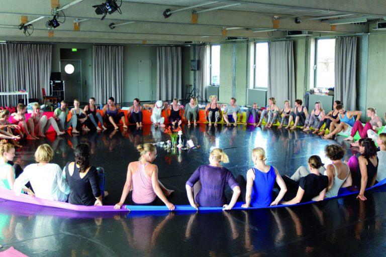 Yoga People: Berlin Lovers