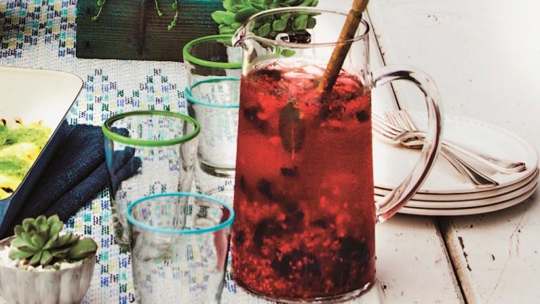 Potluck-Party im Garten – Himbeer-Mojito-Mocktail Rezept