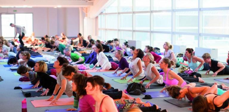 YogaWorld München: Warrior Goddess Flow *** Die Kraft der Yogini – mit Christine May