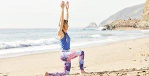 Ausfallschritt Strand Yogaworld