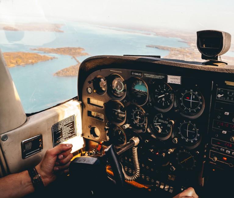 Montags-Mantra: Die Zeit fliegt und du bist ihr Pilot
