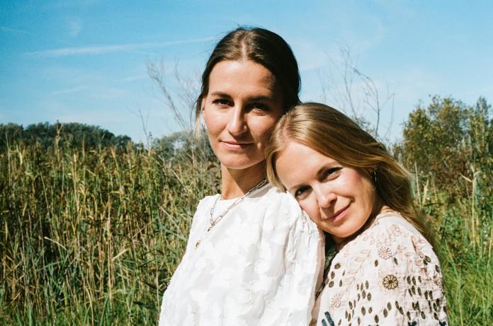 Evelyne Zemplenyi und Valerie Junger - her collective