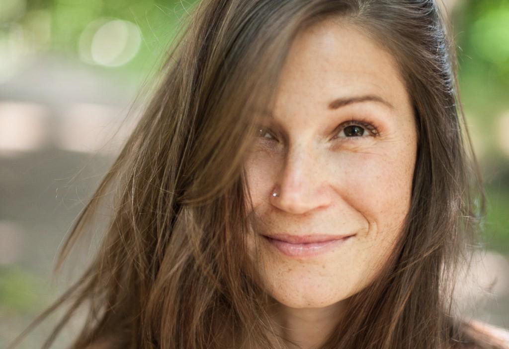 Yogalehrerin Flora Fink