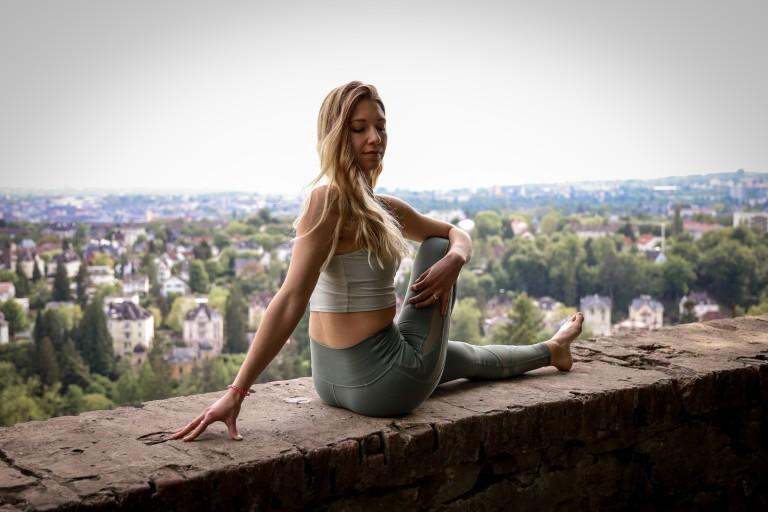 Mit Yoga und Ernährung den Körper entgiften