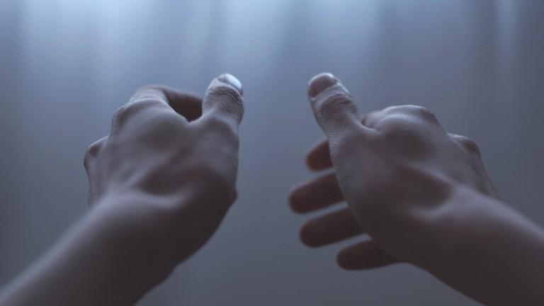 Karpaltunnel-Syndrom mit Yogatherapie behandeln