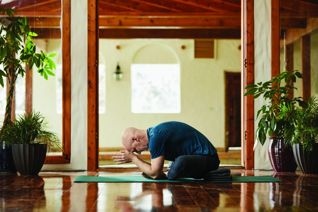 Schmetterling: Josh Summers Yin Yoga