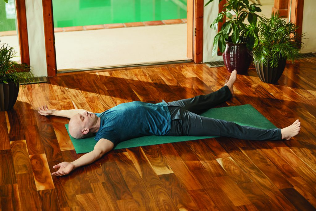 Totenstellung: Josh Summers Yin Yoga