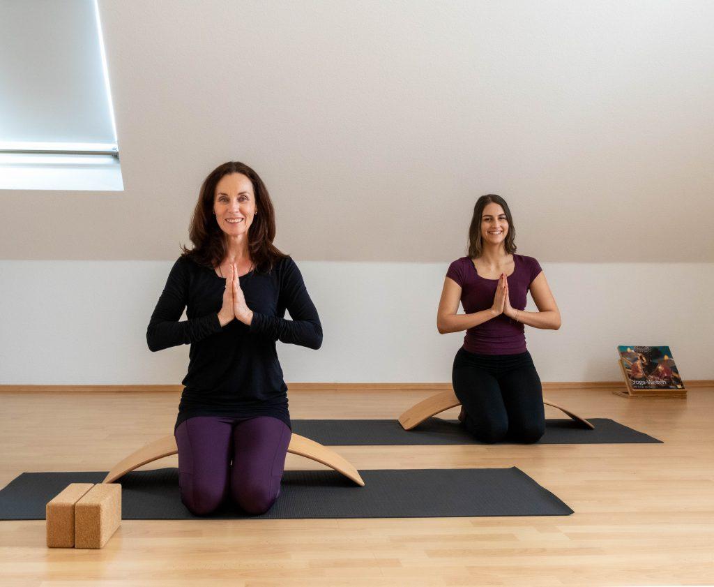 Yoga auf dem Balance Board