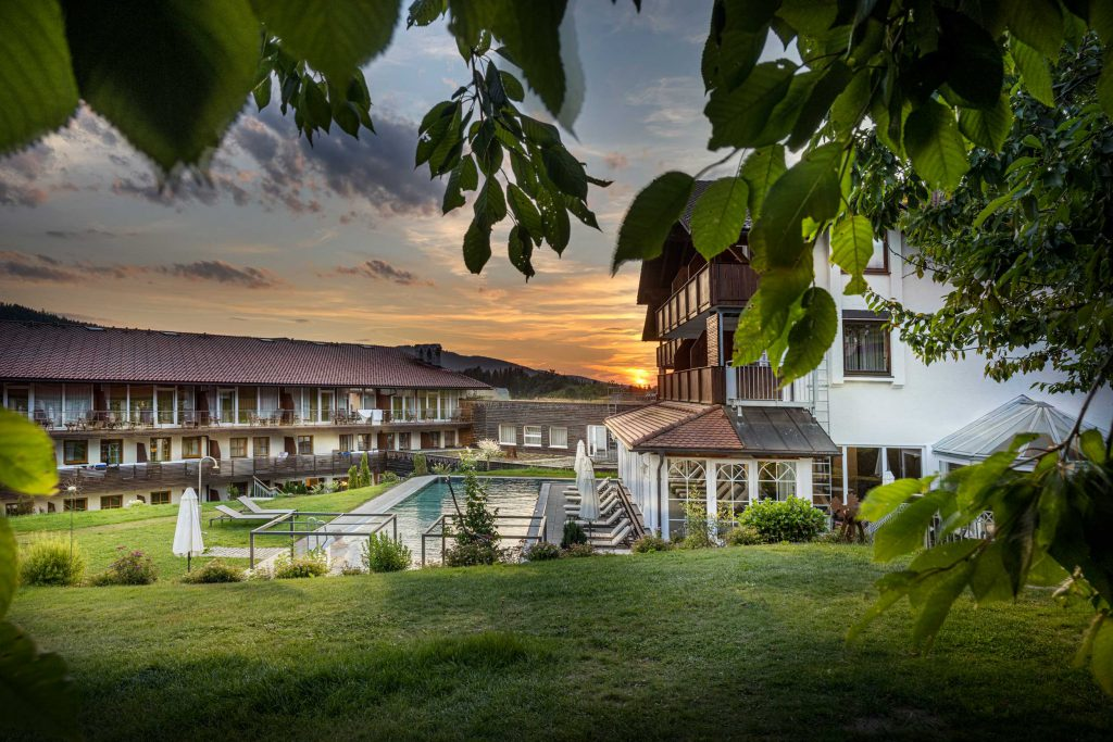 Naturbadesee Hotel Lindenwirt