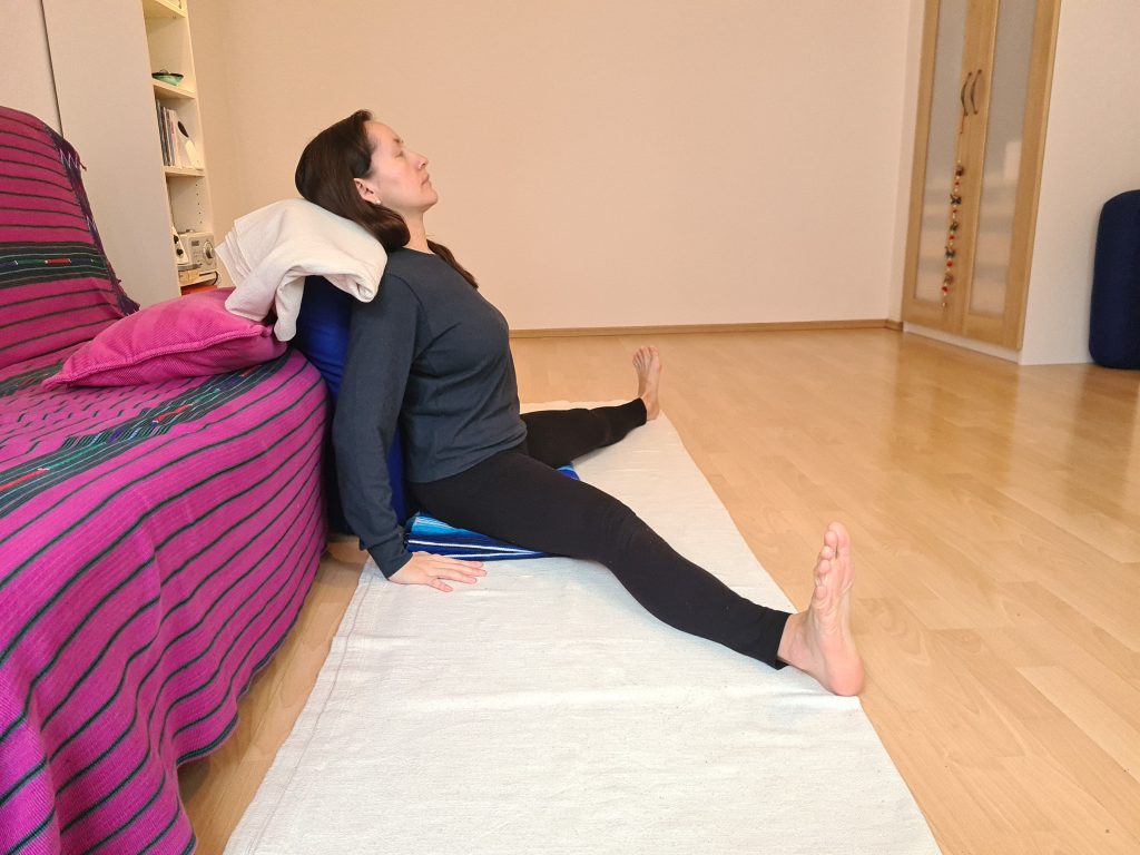 Yoga bei Long Covid Weiter Winkel